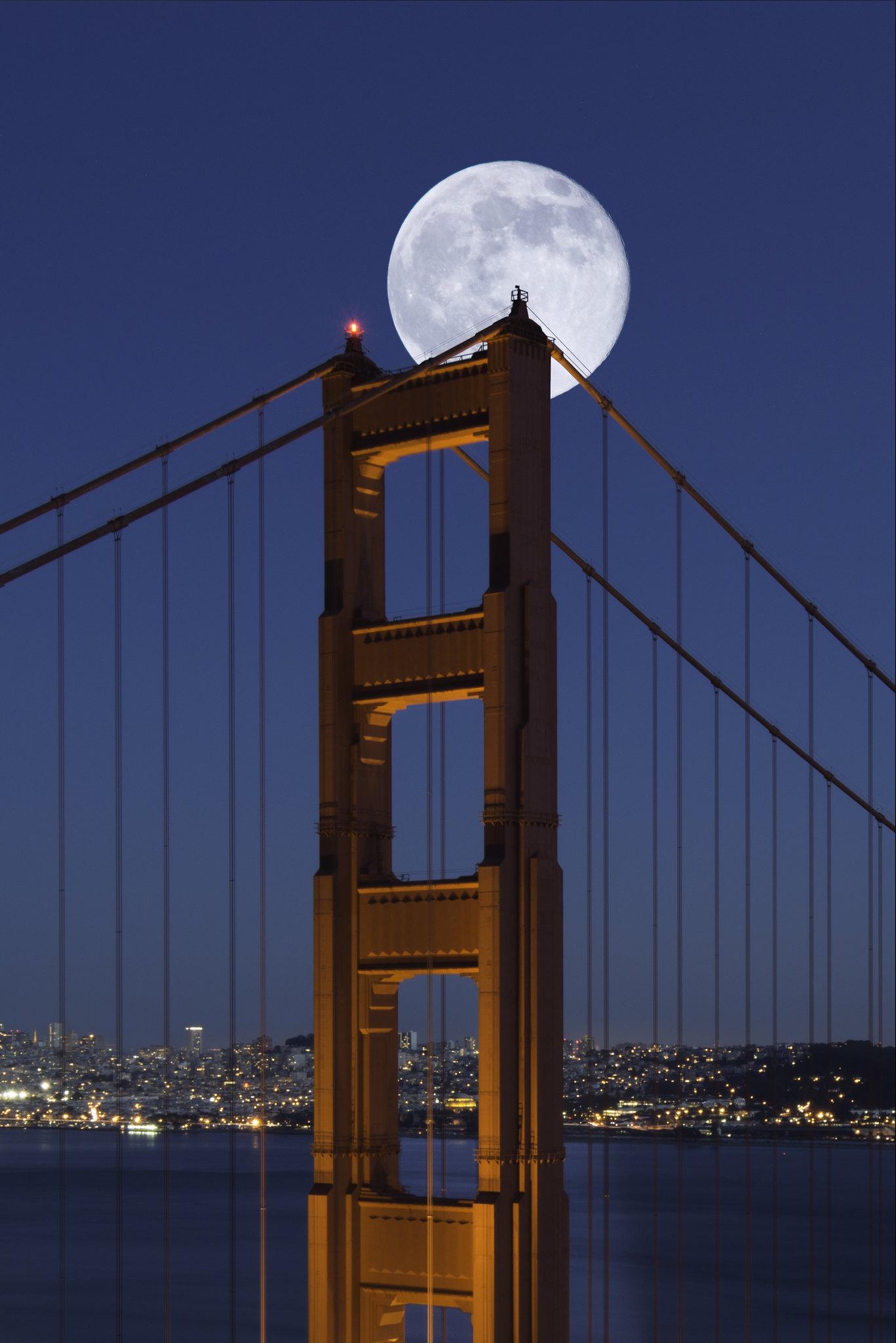 Full moon over San Francisco Golden Gate Bridge