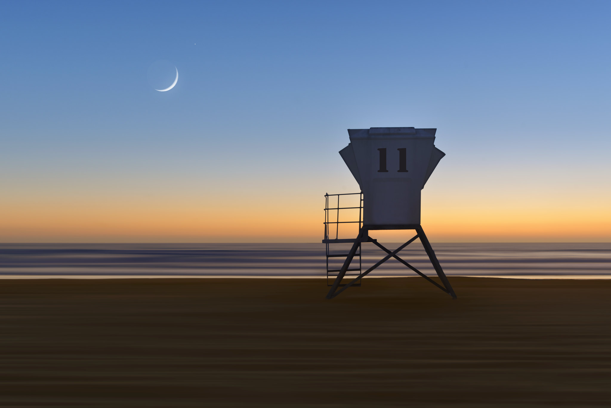 Mission Beach Lifeguard Tower